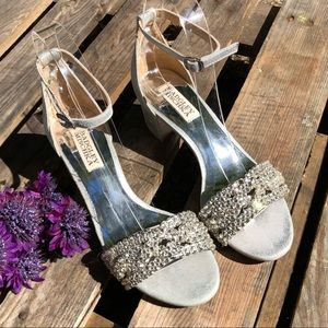 🎈NEW LISTING | Badgley Mischka Jewel 1 3⁄4 Sandal
